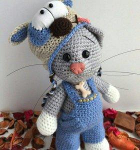 Котик в костюме собачки