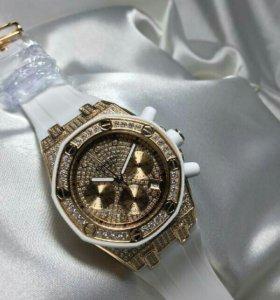 Часы женские Audemars Piguet 23
