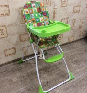 Продам стульчик для кормления малыша.