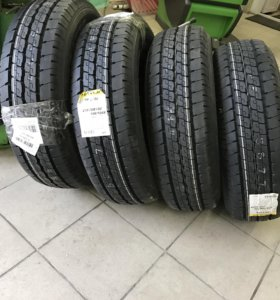 Dunlop SPLT36 215/70R15C