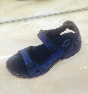 Мужские кожанные сандали