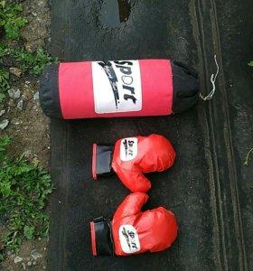 Груша и перчатки боксёрские детские