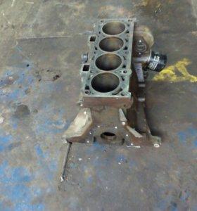 Блок на Приору 11193 хороший снятый машины
