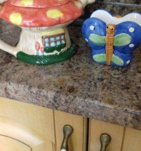 Чайник заварочный и салфетница