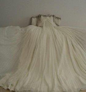 Свадебное платье Pepe Botella.