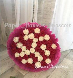 51 роза из гофрированной бумаги