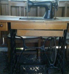 Швейная машина старого образца