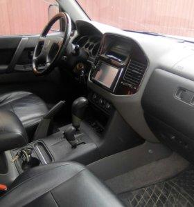 Mitsubishi Pajero 3.2AT, 2002, внедорожник