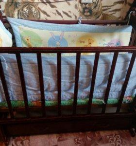 Детская кроватка +матрас +бортики