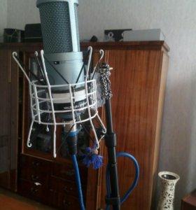 Микрофон студийный AKG perception 120
