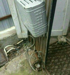 Радиатор холодильника, морозильная камера.