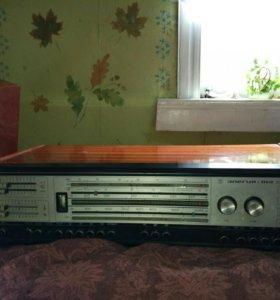 Проигрыватели виниловых пластинок и радиоприёмники