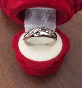 Кольцо р.17,5 серебряное, 925 пр, с чернением