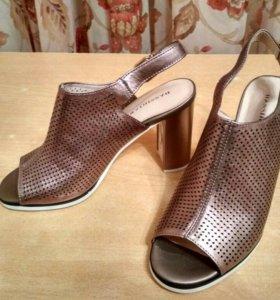 Туфли-босоножки BASSIRIANA