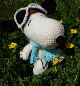 Игрушка вязанная Snoopy