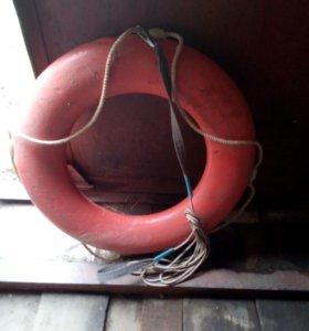 Круг спасательный с верёвкой