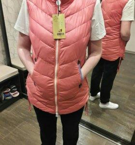 Жилетка розовая женская новая