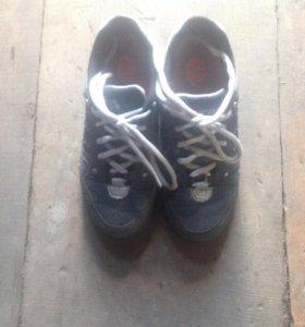 Кроссовки на колёсах
