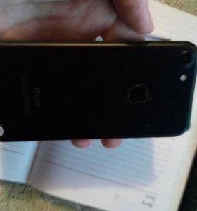 Продаю iPhone 7 любые цвета