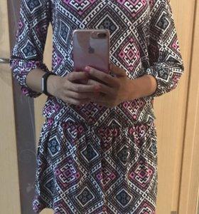 Платье трикотажное, новое, размер 42