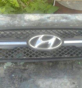 Решетка радиатора Хендай Тусан