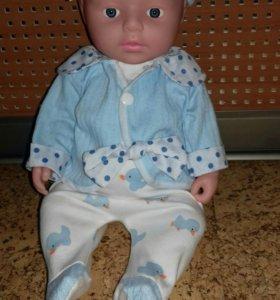 Кукла с комплектом.