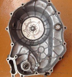 Правая крышка Картера- сцепления на Honda vtr1000r