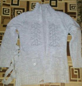 Теплый свитер-кардиган