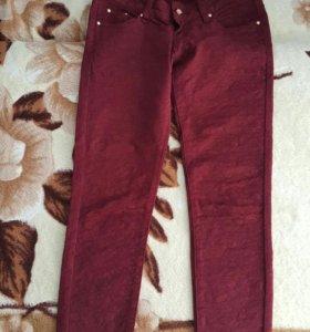 Джинсовые брюки 26размер