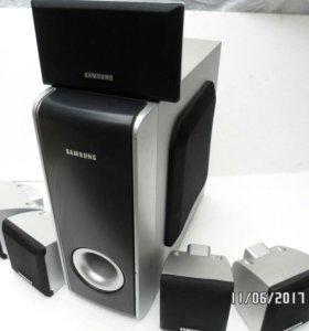 Сабвуфер и пять колонок  Samsung