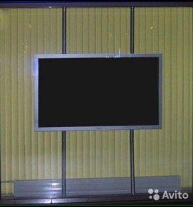 Напольно - потолочная стойка с креплением под теле