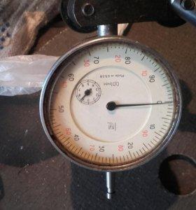 Магнитная стойка с микрометром