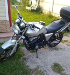 Honda cb 400 version S