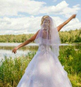 Свадебное платье с откровенным вырезом💣💣💣