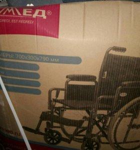 Коляска инвалидная (новая)