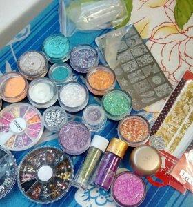 Стемпинг, палетка, блестки, дизайн ногтей