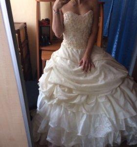 Платье на выпускной,свадьбу