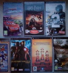 Чехол для PSP и 7 игр для него