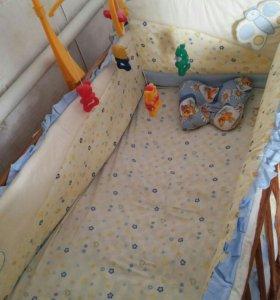 Кроватка+матрас+бортики+мобиль