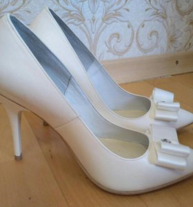 Свадебные туфли-лодочки Malinelli, 36 размер