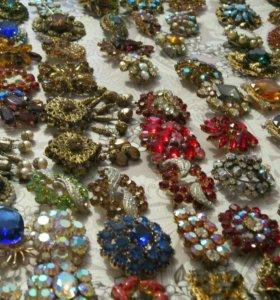 Коллекция чешских винтажных брошек