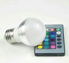 Светодиодная лампа с пультом RGB
