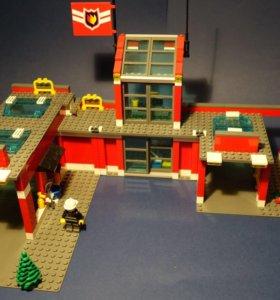 Лего сити, пожарная станция 7945