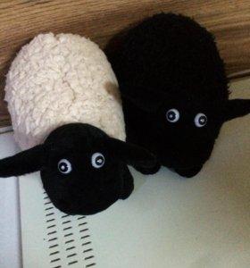 Игрушки овцы фирмы Expetro с ценниками .