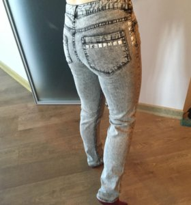 Новые джинсы из H&M