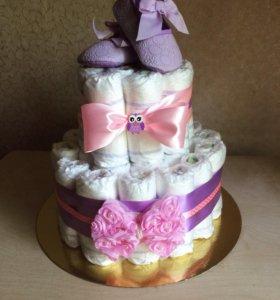 Подарок новорождённому- Торт из памперсов