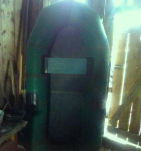 Надувная резиновая лодка ветерок-1