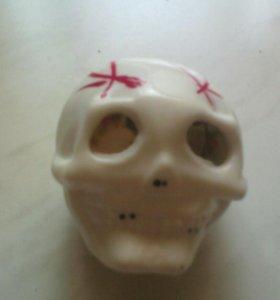 Массажер для рук череп