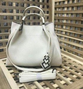 Женская сумка прада prada светлая на лето