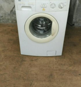 Стиральная машинка Zsnussi 6 кг